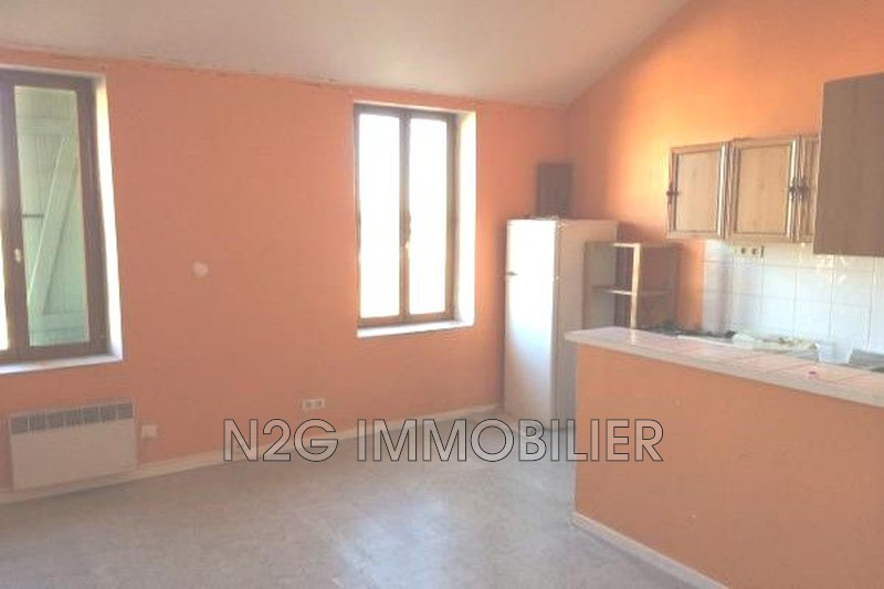 Photo Appartement Grasse Centre-ville,  Location appartement  1 pièce   29 m²
