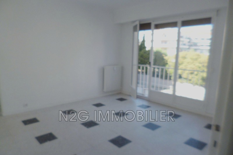 Photo Apartment Le Cannet Centre-ville,  Rentals apartment  1 room   25 m²
