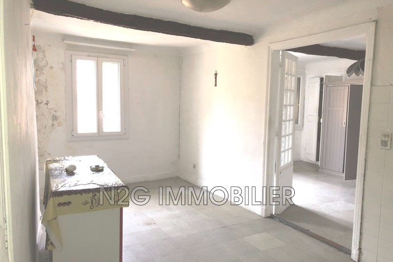 Photo Appartement Grasse Centre-ville,  Location appartement  2 pièces   42 m²