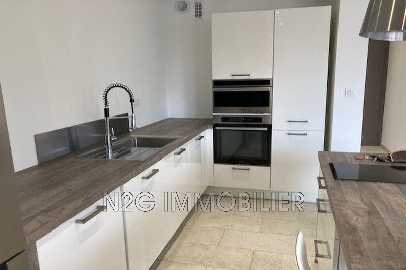 Photo Apartment Le Cannet Centre-ville,  Rentals apartment  2 rooms   54 m²