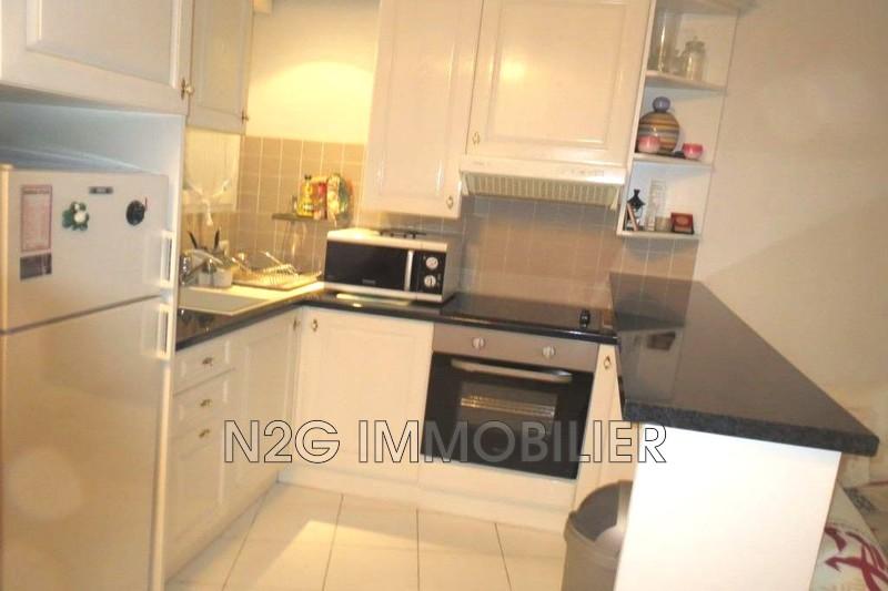 Apartment Mandelieu-la-Napoule Centre-ville,  Rentals apartment  2 rooms   33m²