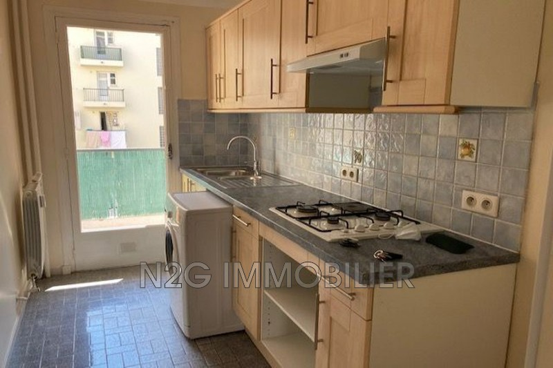 Photo Apartment Cannes Centre-ville,  Rentals apartment  2 rooms   50m²
