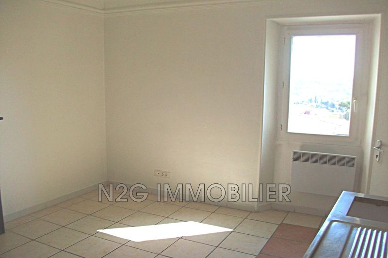 Photo Appartement Grasse  Location appartement  2 pièces   30 m²