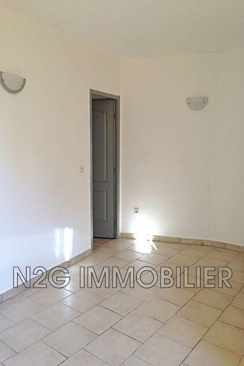 Appartement Bargemon Centre-ville,  Location appartement  2 pièces   32m²