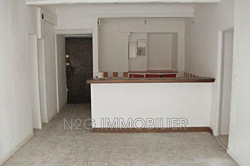 Photo Appartement Grasse  Location appartement  3 pièces   61m²