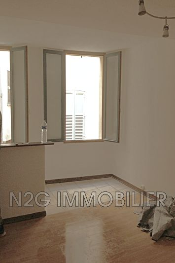 Photo Apartment Grasse  Rentals apartment  2 rooms   38 m²