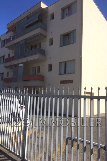 Photo Apartment Cannes Centre-ville,   to buy apartment  3 rooms   63 m²