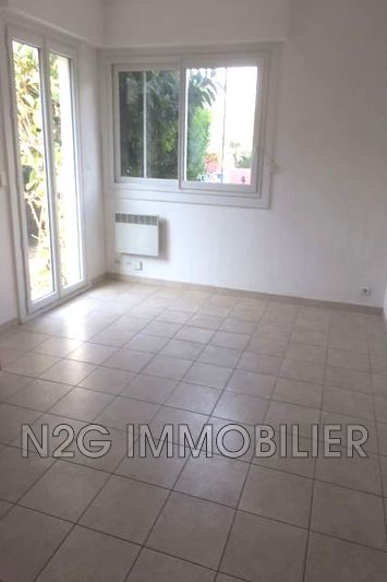 Photo Apartment Cannes Centre-ville,   to buy apartment  2 rooms   27 m²