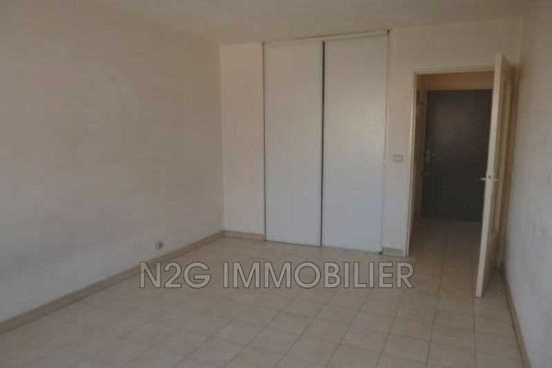 Photo n°3 - Vente appartement Cannes 06400 - 82 500 €