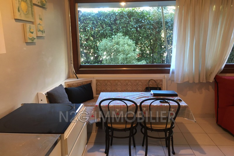 Photo n°4 - Vente appartement Cannes 06400 - 110 000 €