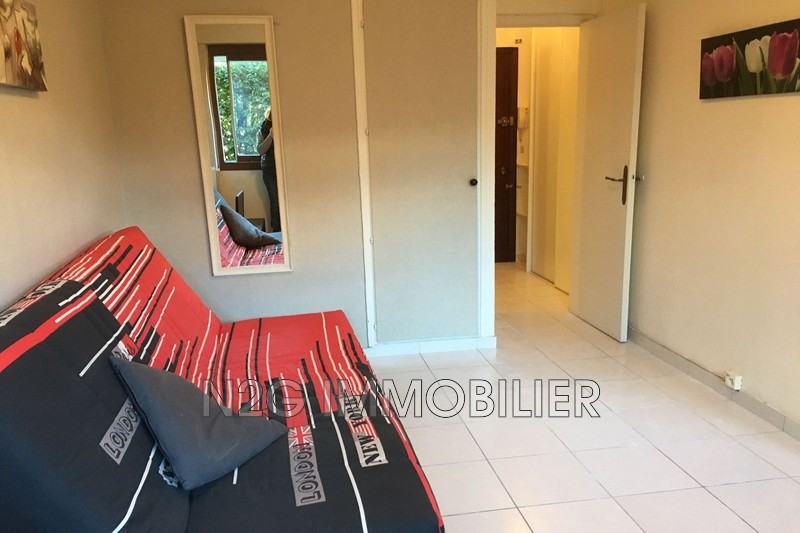 Photo n°3 - Vente appartement Cannes 06400 - 110 000 €