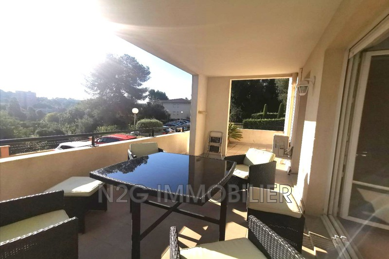 Photo n°3 - Vente appartement Cannes 06400 - 225 000 €