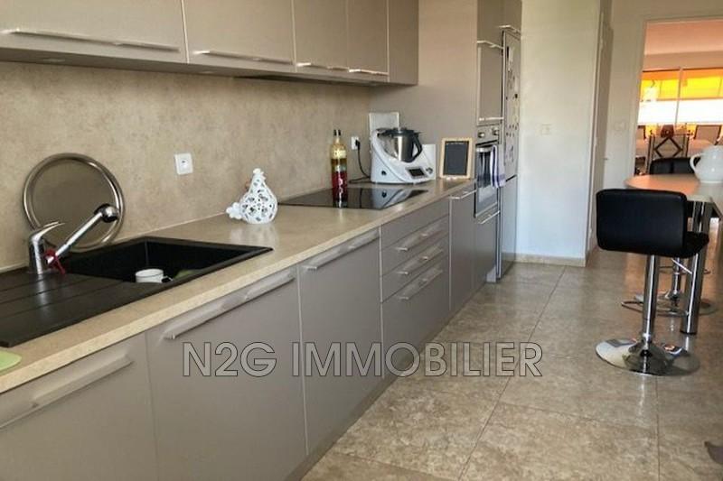 Photo Apartment Cannes Centre-ville,   to buy apartment  3 rooms   85m²