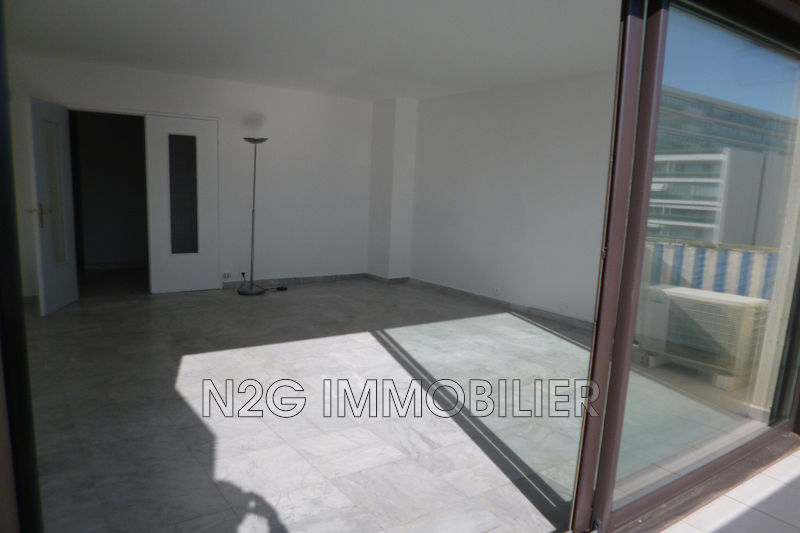 Photo Apartment Cannes Centre-ville,   to buy apartment  3 rooms   82 m²
