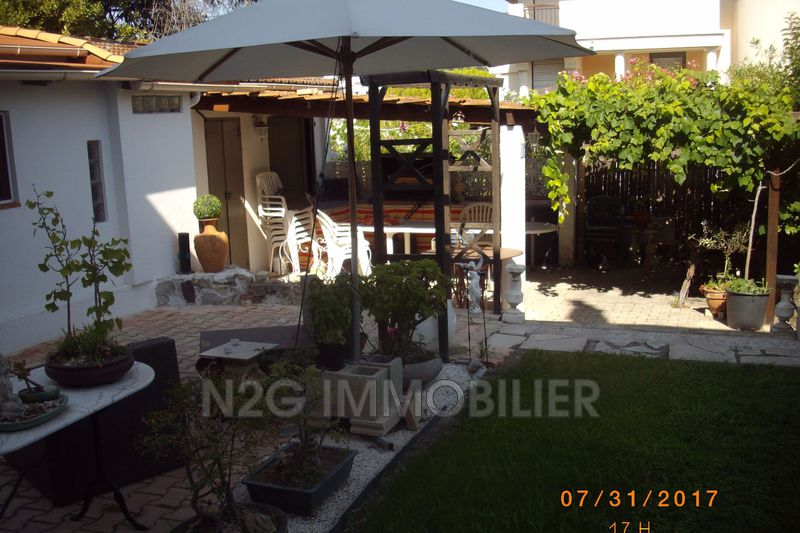 Townhouse Cannes Centre-ville,   to buy townhouse  3 bedrooms