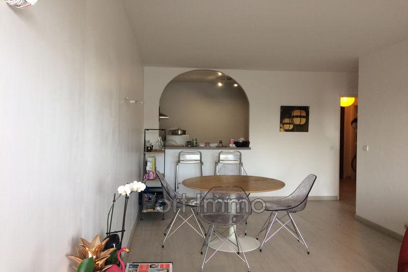 Photo Appartement Cagnes-sur-Mer Val fleuri,  Location appartement  2 pièces   50m²