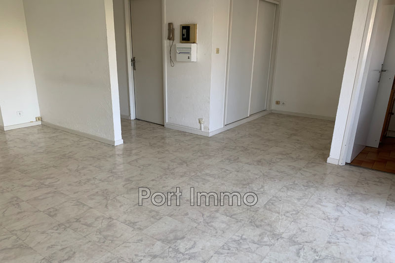 Photo n°2 - Location appartement Cagnes-sur-Mer 06800 - 560 €
