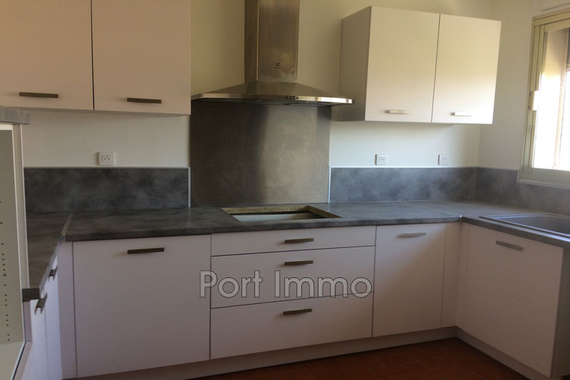 Photo Apartment Cagnes-sur-Mer Hippodrome-pinède,  Rentals apartment  2 rooms   64 m²