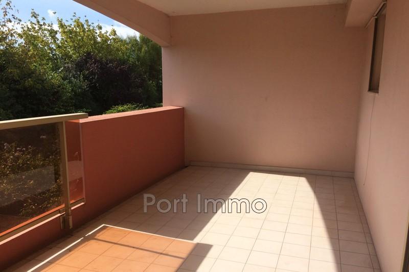 Appartement Villeneuve-Loubet  Location appartement  1 pièce   30m²