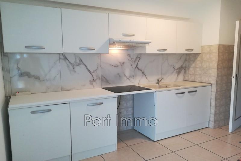 Appartement Cagnes-sur-Mer Val fleuri,  Location appartement  3 pièces   65m²