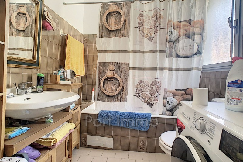 Photo n°5 - Location Appartement rez-de-jardin Saint-Laurent-du-Var 06700 - 625 €