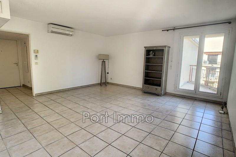 Photo Appartement Cagnes-sur-Mer Hippodrome,  Location appartement  2 pièces   44m²
