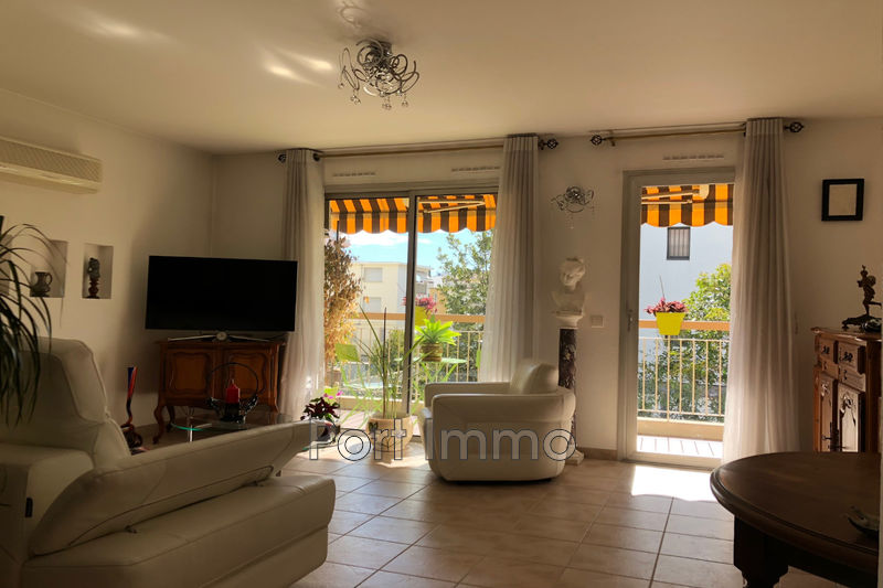 Photo Apartment Cagnes-sur-Mer Centre-ville,   to buy apartment  3 rooms   64 m²