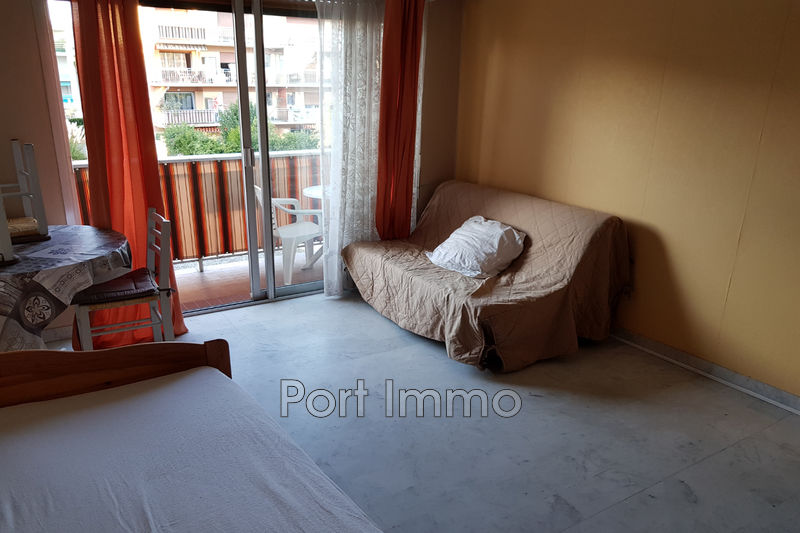 Photo Apartment Cagnes-sur-Mer Vespins,   to buy apartment  1 room   25 m²