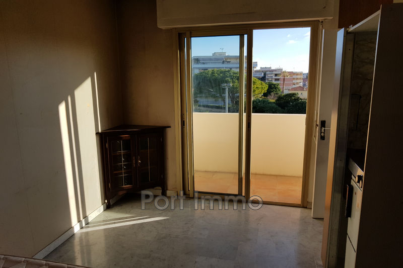Photo Appartement Saint-Laurent-du-Var Vespins,   achat appartement  1 pièce   14 m²
