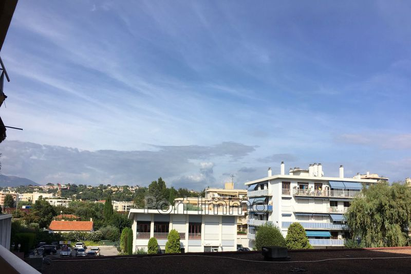 Photo Traversant Cagnes-sur-Mer Maréchal juin,   to buy traversant  3 rooms   64 m²