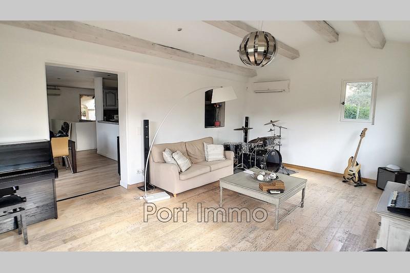 Photo n°2 - Vente maison Les Adrets-de-l'Estérel 83600 - 635 000 €