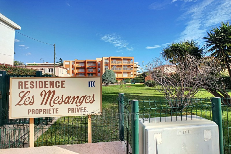 Photo Apartment Cagnes-sur-Mer Vespins,   to buy apartment  2 rooms   51 m²