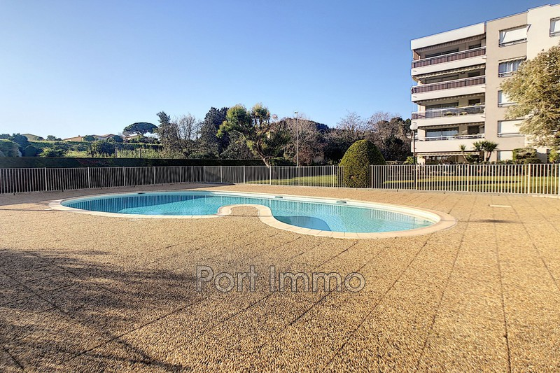 Photo n°8 - Vente appartement Saint-Laurent-du-Var 06700 - 320 000 €