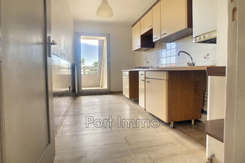 Photo n°3 - Vente appartement Saint-Laurent-du-Var 06700 - 225 000 €