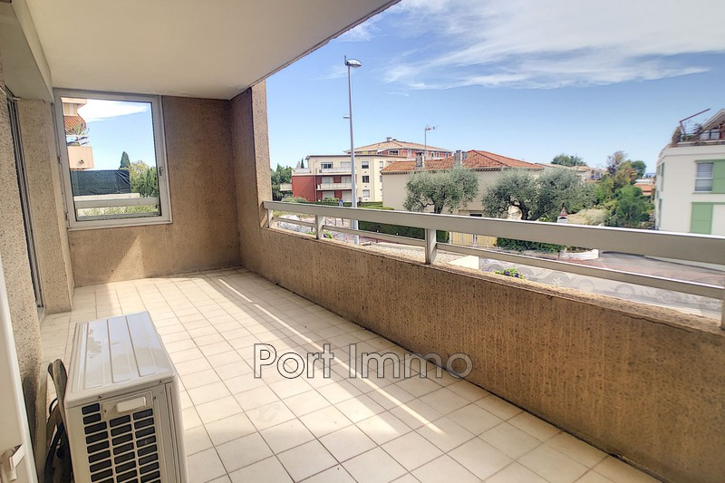 Photo n°10 - Vente appartement Saint-Laurent-du-Var 06700 - 225 000 €