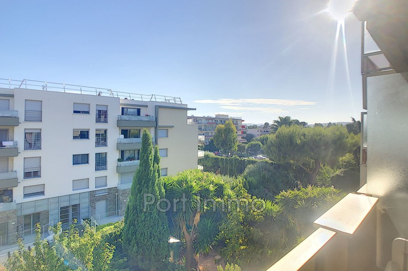 Photo Appartement Saint-Laurent-du-Var Vespins,   achat appartement  1 pièce   24m²