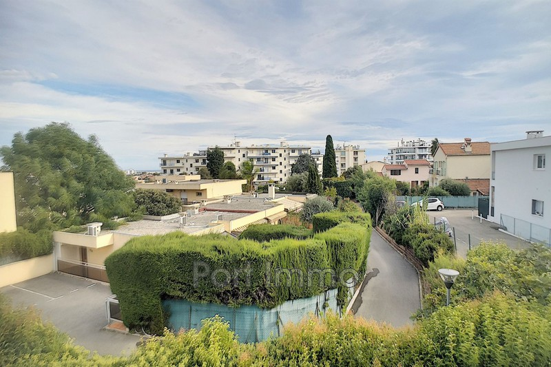 Photo Apartment Cagnes-sur-Mer Bréguières,   to buy apartment  3 rooms   63 m²