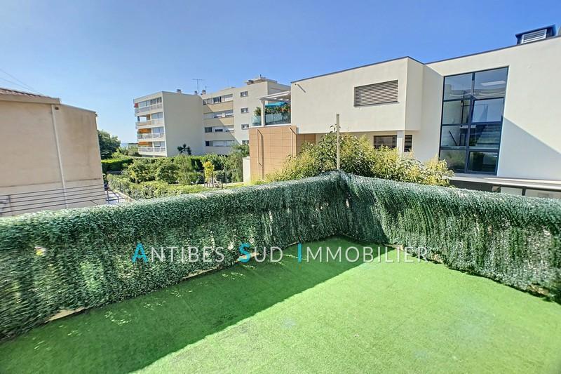 Appartement Golfe-Juan Centre-ville,   achat appartement  3 pièces   68m²
