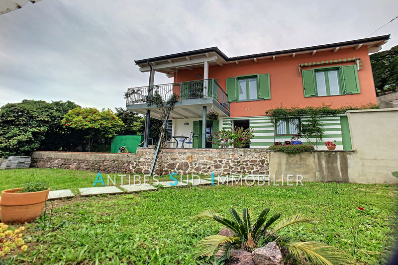Villa Golfe-Juan   to buy villa  4 bedroom   103 m²