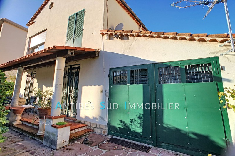 Villa Golfe-Juan Centre-ville,   to buy villa  4 bedroom   122 m²