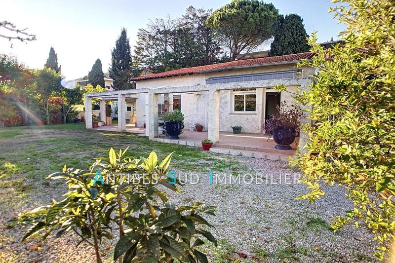 Villa Vallauris Proche commodités,   to buy villa  5 bedroom   180m²