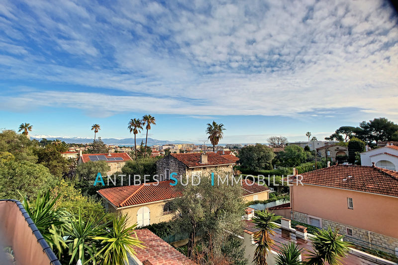 Photo Appartement Antibes   achat appartement  5 pièces   105 m²