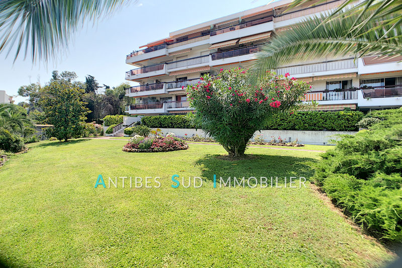 Photo Apartment Golfe-Juan   to buy apartment  3 rooms   70 m²