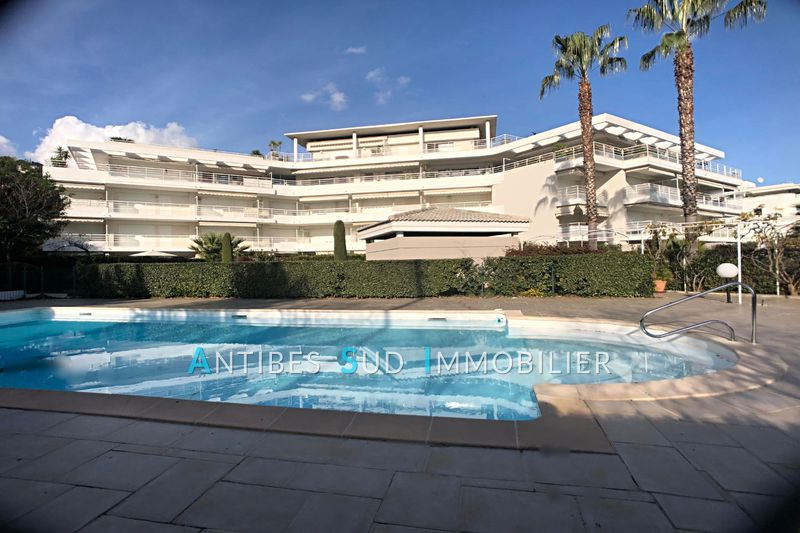 Photo n°1 - Vente appartement Golfe-Juan 06220 - 249 000 €