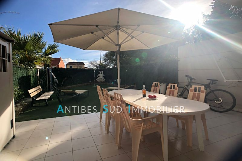 Photo n°9 - Vente appartement Golfe-Juan 06220 - 249 000 €