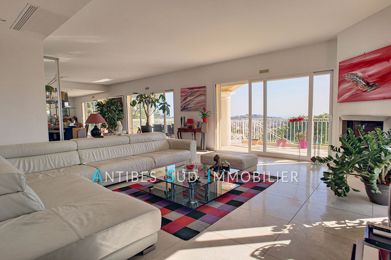 Villa Vallauris   to buy villa  4 bedroom   230 m²