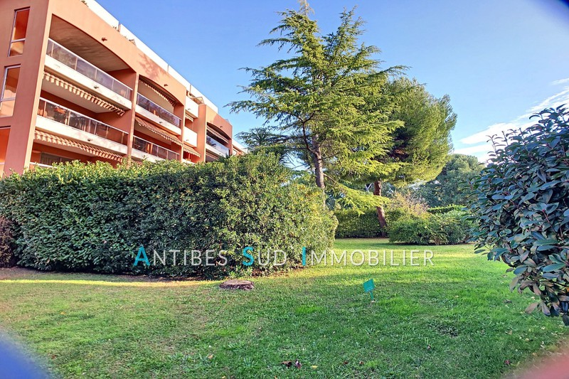 Photo Apartment Antibes Mihauteurs,   to buy apartment  3 rooms   79 m²