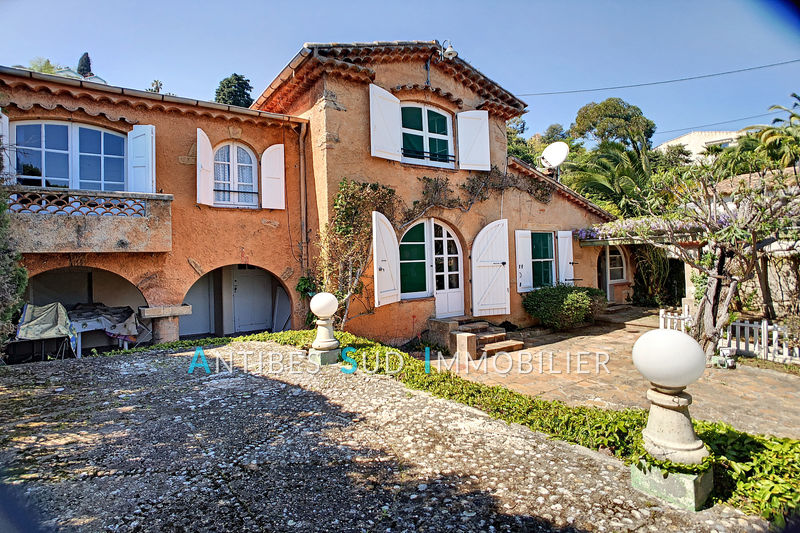 Photo Villa Golfe-Juan   to buy villa  3 bedroom   143 m²