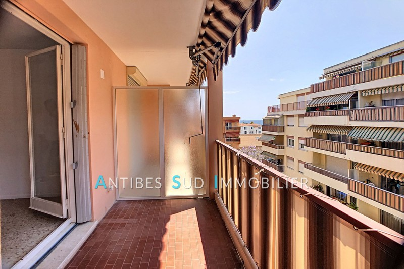 Apartment Golfe-Juan Centre-ville,   to buy apartment  2 rooms   47 m²