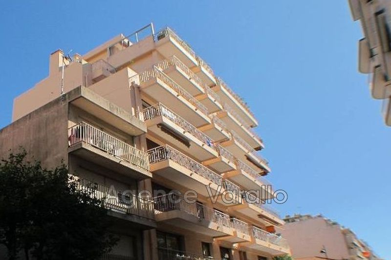 Appartement Antibes Centre albert 1er,  Location appartement  1 pièce   27 m²